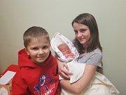 MICHALA HAMOUZOVÁ, LÁNY. Narodila se 10. ledna 2018. Po porodu vážila 3,91 kg a měřila 51 cm. Rodiče jsou Zuzana Randulová a Václav Hamouz. Sourozenci Vašík a Terezka. (porodnice Slaný)