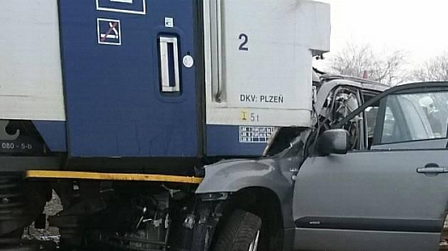 Tragická dopravní nehoda u Velvar.