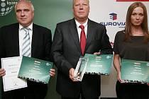 Tajemník magistrátu Zdeněk Slepička převzal ocenení za druhé místo v krajském kole