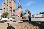 Vraťme sochu Rodiny zpět na náměstí Jana Masaryka v Kladně.