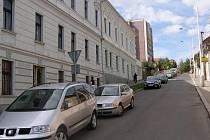 Budova bývalého učitelského ústavu Marie Egemové. V budoucnosti by zde měl být obchodní komplex. O tom, jestli se plánovaná stavba uskuteční nebo nikoliv, budou rozhodovat úředníci.