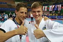 Jiří Novák (vpravo) po zisku titulu