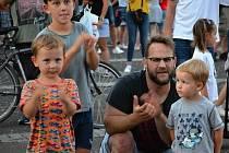 Martin Jáchym & The Common Sense – Crispy Cheaks na slánském náměstí.