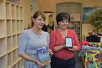 Slánská knihovna už má také svoji kindlotéku, čtenáři se mohou těšit na e-knihy i v angličtině.