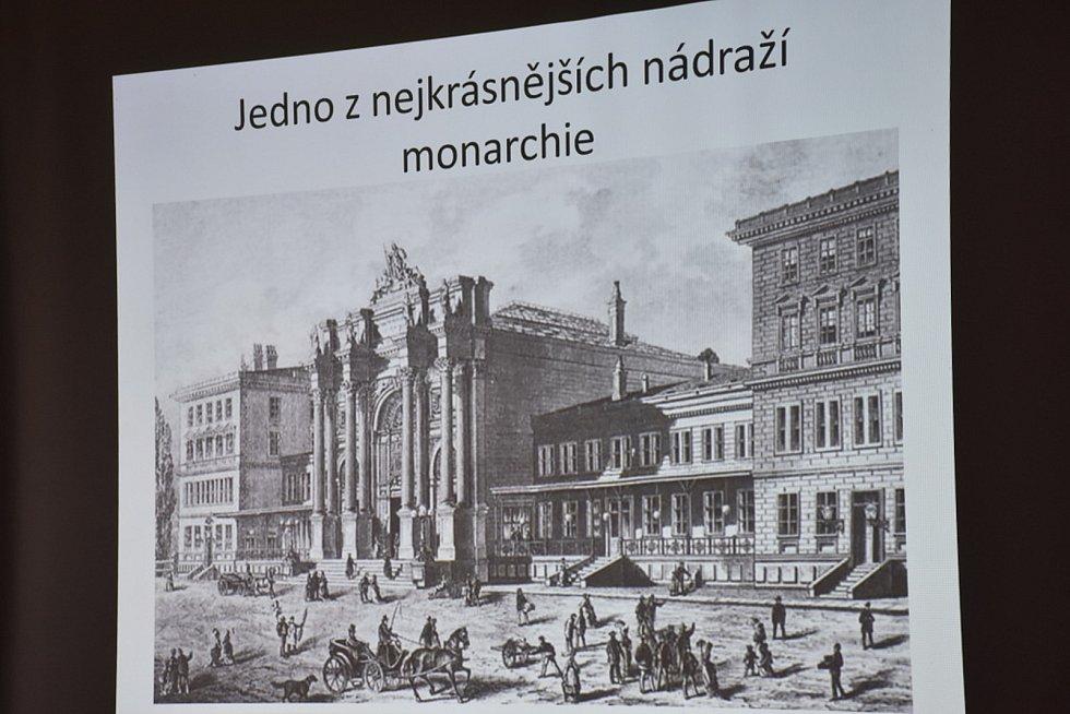 Dobové dokumenty k historii železnice na Kladensku.