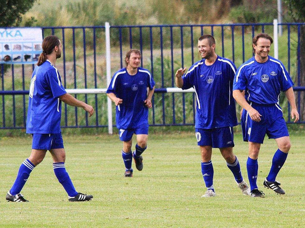 Čechie Velká Dobrá - Tatran Rakovník, přípravné utkání,  hráno 17.7.2010