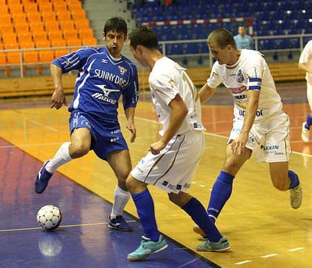 Futsalisté Kladna dostali v prvním utkání od Chrudimi dest gólů, devítku obdrželi v Brně (snímek).