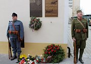 Pamětní desku věnovali obětem velké války.