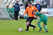 Hostouň B (v zeleném) - Slaný B 2:1 na penalty.