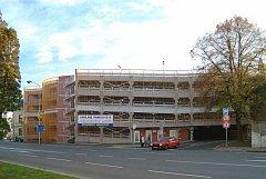 Takový parkovací dům existuje například na severní Moravě