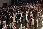 V pořadí již osmadvacátý ročník Reprezentačního plesu města Kladna se tentokrát nesl v rytmu tance. Diváci si užili taneční vystoupení hvězd televizní soutěže StarDance Michala Padevěta a Daniely Šinkorové či Pavly Tomicové a Marka Dědíka.