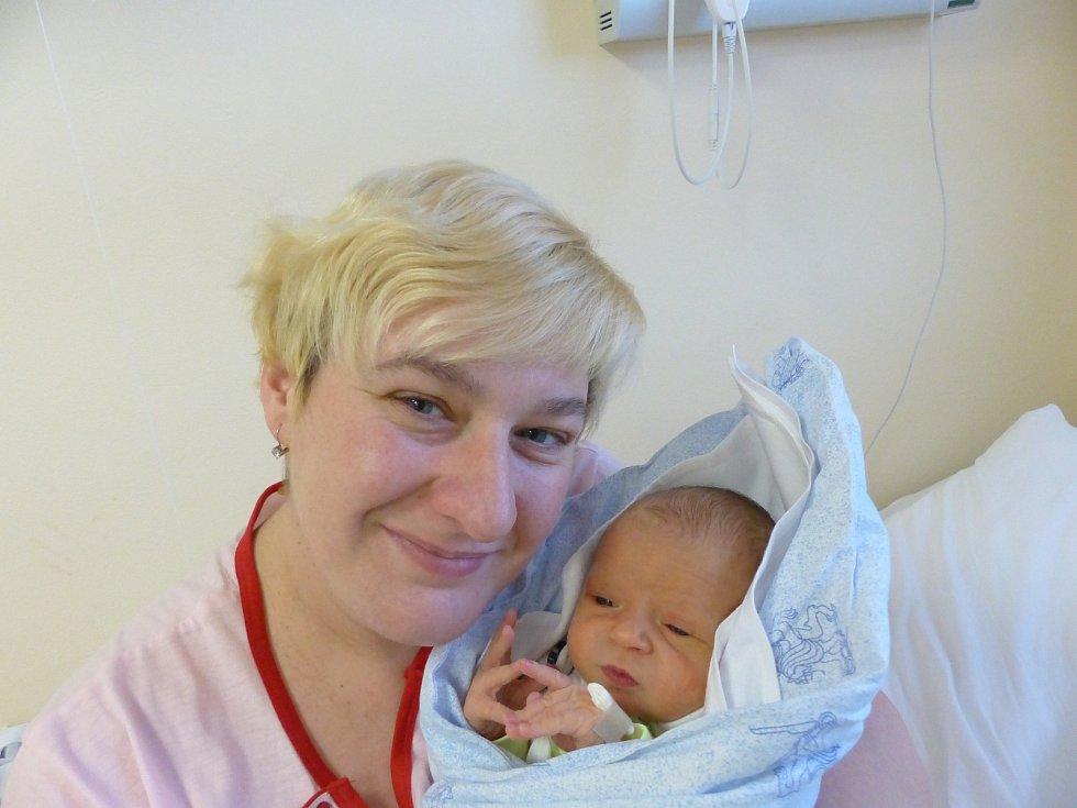 Jakub Liška se narodil 21. prosince 2020 v kolínské porodnici, vážil 3375 g a měřil 49 cm. V Kutné Hoře se z něj těší bráška David (3.5) a rodiče Pavlína a Michal.
