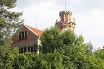 Skvost prvorepublikové zahradní architektury se ukrývá ve Slaném.