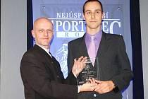 NEJÚSPĚŠNĚJŠÍM sportovcem Slaného se za rok 2014 stal triatlonista Tomáš Řenč (vpravo)
