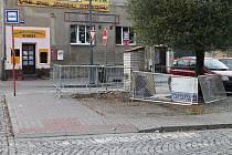 Zastávka v Kladně - Švermově zmizela, nahradí ji nová.
