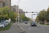 ULICE ČS. ARMÁDY A VÍTĚZNÁ patří mezi nejfrekventovanější páteřní komunikace vedoucí městem Kladnem. V příštím roce je čekají významné změny.