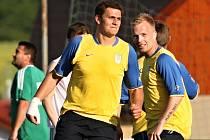 Jaroslav Červený (vlevo) je podle ankety Deníku Nejpopulárnějším fotbalistou Rakovnicka.