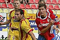 Pavel Bartoš (vlevo) by se mohl do Kladna vrátit, je v SK na zkoušce.