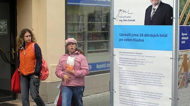 Snímek primátora prý na městské panely patří, byť se komunální volby blíží