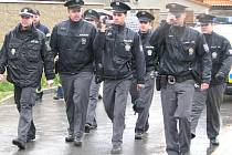 Průvod nacionalistů doprovázela policie