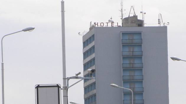 V hotelu nikdo ohrožen nebyl, jednalo se pouze o spor dvou mužů, kteří se pravděpodobně znali.
