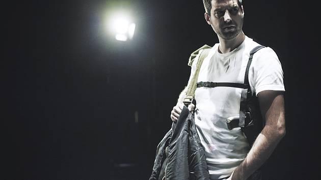 Nové představení kladenského divadla - Poručík z Inishmoru.