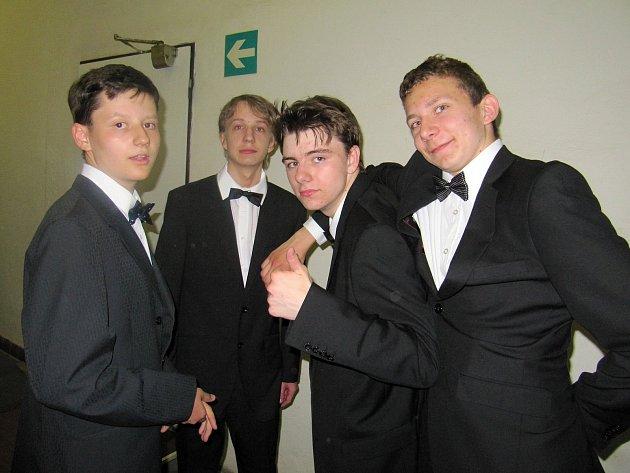 Vyřazení se konalo v kladenském kině Sokol.