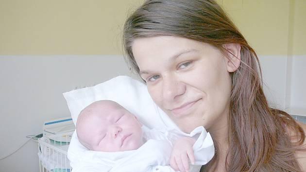 Veronika Junková, Libušín. Narodila se 3. srpna 2014. Váha 2,70 kg, míra 46 cm. Rodiče jsou Veronika Junková a Petr Pokorný (porodnice Kladno).