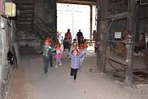Hornický skanzen Mayrau ve Vinařicích je u dětí oblíbený.