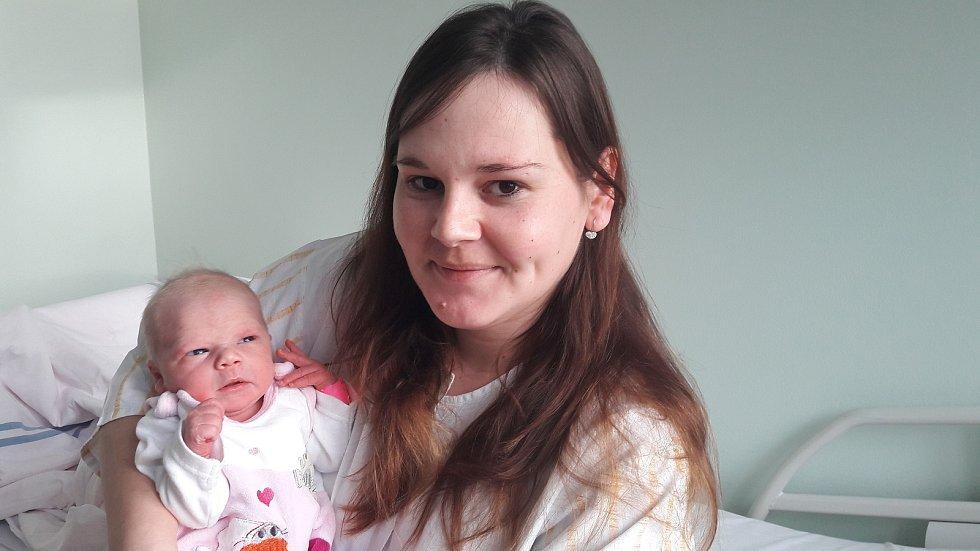 Adélka Reichlová z Chvatěrub na Mělnicku se narodila rodičům Elišce a Jiřímu ve slánské porodnici 1. ledna v 1.20 hodin.