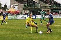 Po zákroku Kudrny následuje penalta // Sokol Hostouň - SK Kladno 1:3, Divize B, 8. 10. 2017