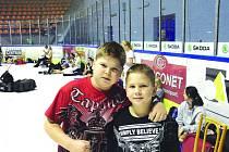 Dvanáctiletý Nick a o dva roky mladší Jakub Vetešníkovi patří mezi velké české talenty v bojových sportech.