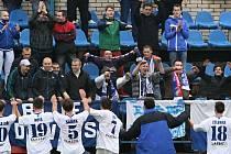 Kladno bojovalo, kotel to ocenil. Fans bylo jak na první ligu. Dnes byl v Kladně fotbalový svátek // SK Kladno - FC Viktoria Plzeň 1:3 , Pohár České pošty, 3. kolo, 12.10.2013