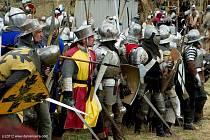Libušínské bitvy se zúčastní stovky rytířů a bojovníků.