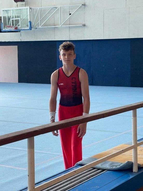 Gymnastický úspěch Jakuba Šmolíka.