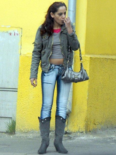 Sex až za cedulí. Podle nové vyhlášky už pouliční prostitutky nebudou smět nabízet své služby na veřejných prostranstvích ve města Kladna.