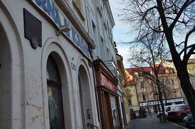 3. zastavení – Masarykovo náměstí č.p. 111.Vtomto domě se narodil František Bílek.