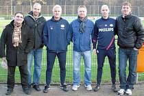 Trenéři SK se setkali také s hlavním koučem prvoligového PSV Eindhoven Fredem Ruttenem (třetí zleva) a také  jeho asistentem Erikem Ten Hagem (druhý zprava).