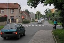 Vašíčkova ulice projde generální rekonstrukcí. V budoucnosti by se na jejím konci měl začít stavět obchvat, který by svedl nadměrný provoz do jiné části Rozdělova.