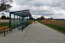Nová buštěhradská stezka pro cyklisty i chodce.