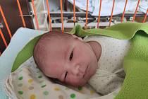 Martin Beránek se narodil 19.1.2021 v 0:55 v mladoboleslavské porodnici. Vážil 4370 gramů a měřil 52 centimetrů. Domů do Dobrovice, kde se na něj těšil bráška Matěj si ho odvezli maminka Marcela a tatínek Michal. foto: archiv rodiny