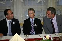 Zleva: starosta Slaného Ivo Rubík, starosta Bolatic Herbert Pavera, 1. místostarosta Slaného Jaroslav Hložek