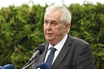 Hlavní projev přednesl prezident České republiky Miloš Zeman // Pietní vzpomínka k 74. výročí vyhlazení obce Lidice se konala 11. června 2016