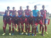 Český tým do 16 let před utkáním s Francií ve Lhotě 19. září 2017.