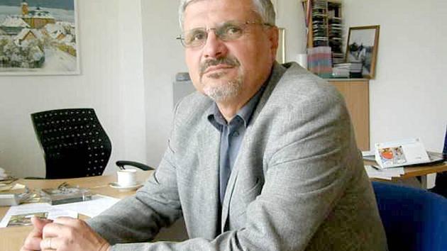 MILOUŠ ČERVENCL, ředitel Památníku Lidice.