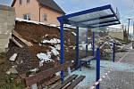 Na Slovance se zřítila opěrná zeď, nikdo se nezranil.