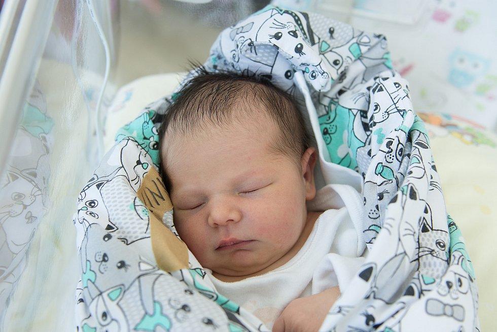 Lucie Káninská se narodila v nymburské porodnici 13. ledna 2021 v 6:22 hodin s váhou 3040 g a mírou 45 cm. Z prvorozené holčičky se v Nymburce radují maminka Klára a tatínek Tomáš.