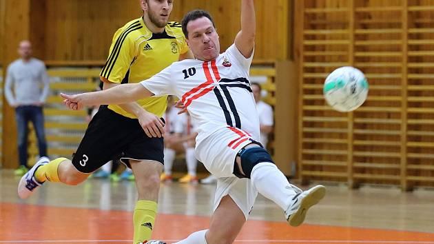 Futsalisté Brandýsku porazili ve 12. kole divize slánskou Čechii 7:4.
