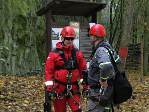 Cvičení záchranářů na Slandě