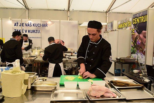 Budoucí kuchaři a číšníci ze stochovské školy patří ke špičkám v oboru.